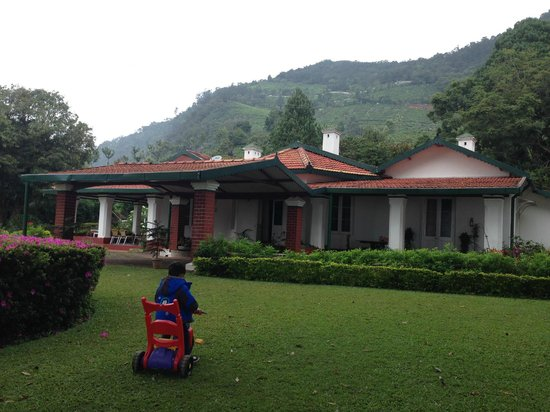 Adderley Guest House: Outer View