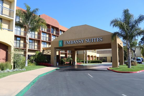 Embassy Suites by Hilton San Luis Obispo : The Embassy Suites SLO
