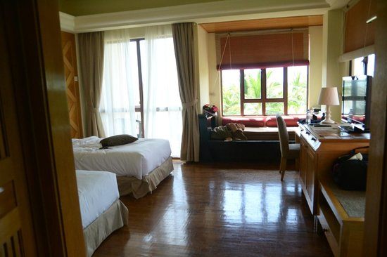 Langkawi Lagoon Beach Resort: room