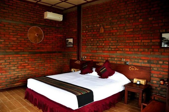 Hsipaw Resort