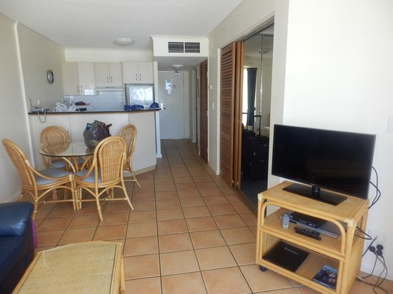 Breakfree Alexandra Beach Premier Resort: Living