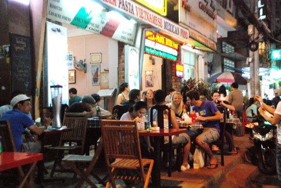 ust go Around along Bui Vien street, it's parallel to Pham Ngu Lao, back of Bich Duyen Hotel