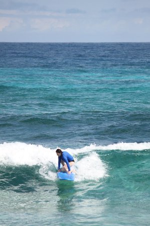 Surfers Haven Guesthouse : First surfing experience