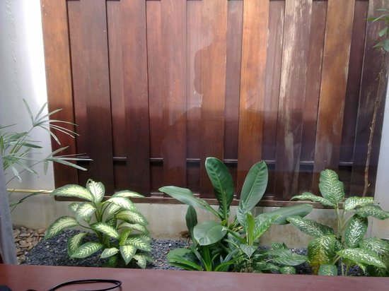Malisa Villa Suites: next to the bedroom