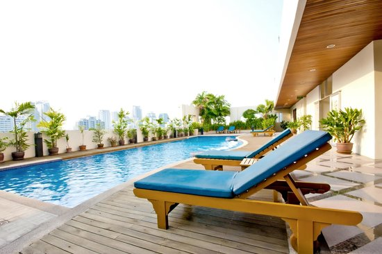 Grand Mercure Bangkok Asoke Residence : Swimming Pool