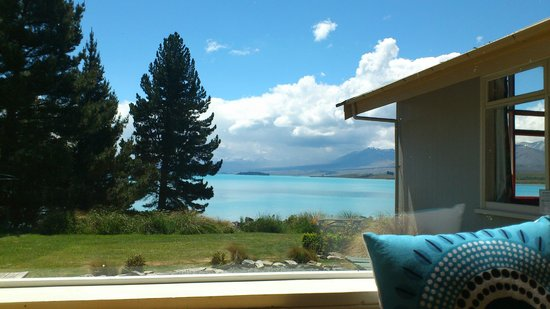 YHA Lake Tekapo : Money cannot buy this view