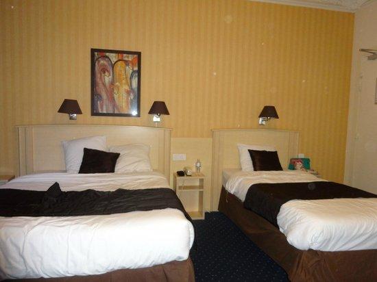 Hotel Corona Rodier : Chambre quadruple