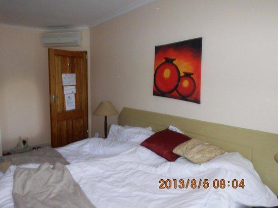 Elephant Lake Hotel: pokój