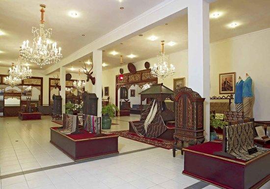 Batik Danar Hadi - Picture of Museum Batik Danar Hadi daf9bd1a42