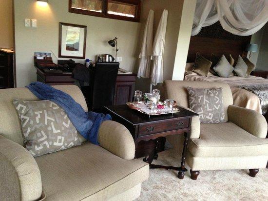 Royal Chundu Luxury Zambezi Lodges: Island Villa Room 4 Interior - absolutely stunning