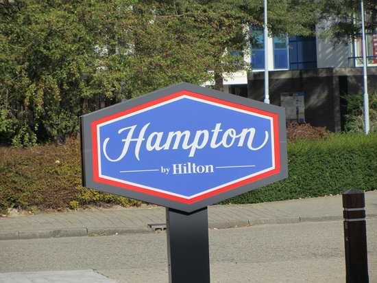 Hampton by Hilton Amsterdam Airport Schiphol: Hotel Entrance
