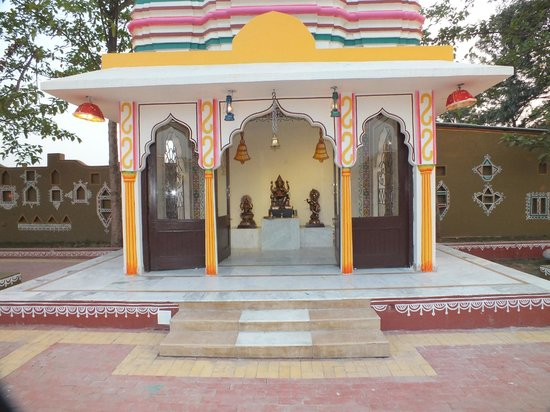 Chokhi Dhani Restaurant: a temple inside the premiss