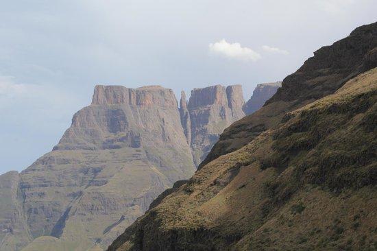 Cavern Drakensberg Resort & Spa : The wonderful mountains