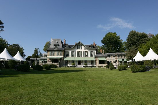 Photo of Hotel Villa Navarre Pau