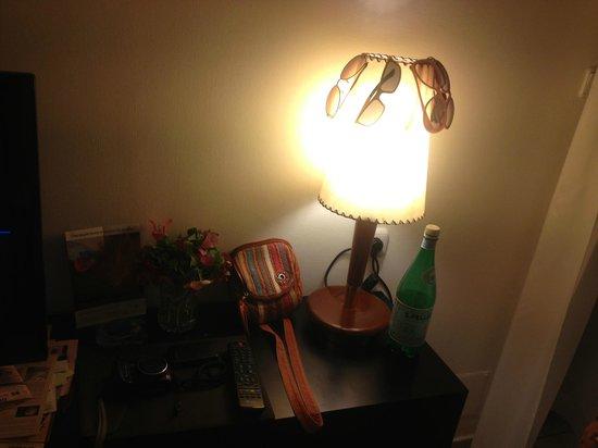 Isrotel Riviera Club Hotel: лампочка