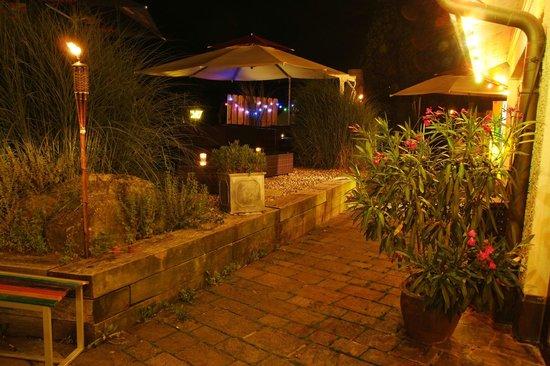 Stiefelchnächt Bar Lounge: Gartenterasse