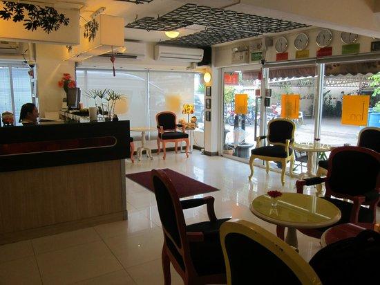 The Inn Saladaeng: Reception