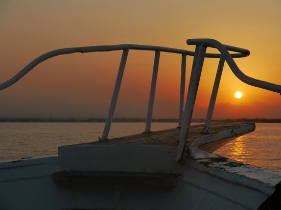 The Makadi Palace Hotel: The Snorkelling trip boat at sunset on return