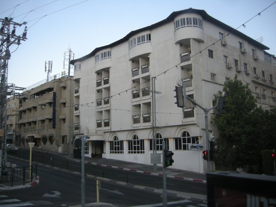 Prima Too: The hotel