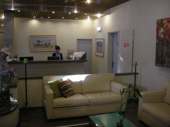 Prima Too: The lobby