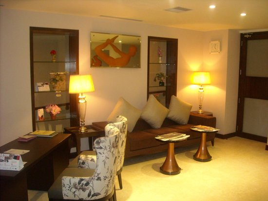 Country Inn & Suites By Carlson, Vaishno: REVIVE Ayurvedic Spa