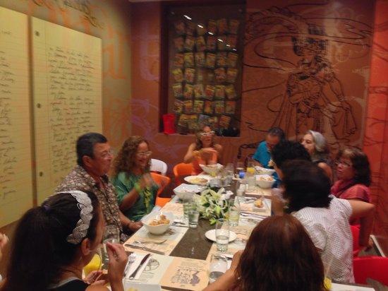 Fundación Casa Cortés: celebrating en El cuarto de los Cuentos@ ChocoBar Cortés
