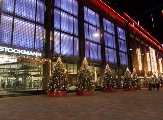Stockmann Helsinki Laukut : Stockmann helsinki picture of s department
