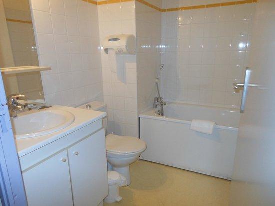 Hotel de la Poste : salle de bains