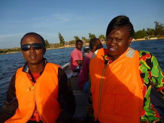 Kipungani Explorer : boat ride to see the sunset