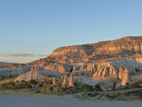 Sunset on Rose Valley - Güllüdere Vadisi, Göreme Resmi ...