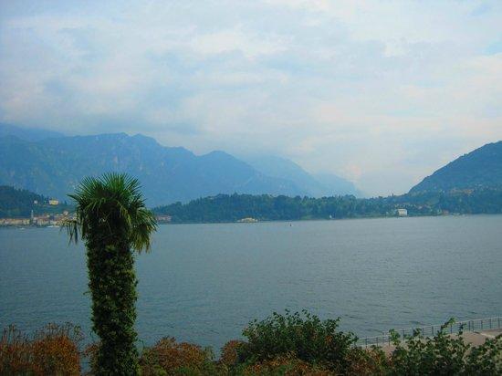 Hotel Riviera : Lake Como from balcony