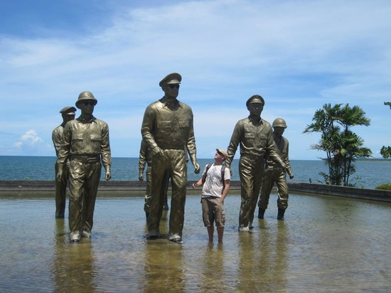 Leyte Landing Memorial: Beautiful memorial
