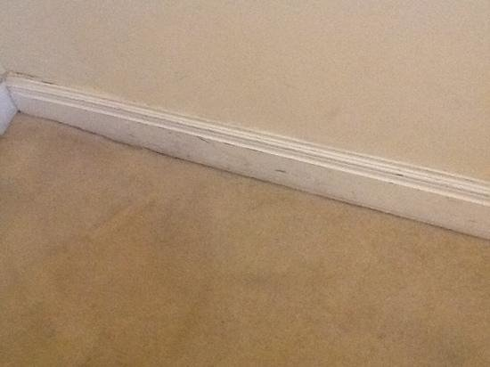 The Georgian House: Skirting board at door.