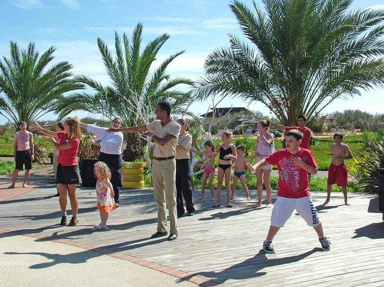 Pestana Porto Santo All Inclusive : Mid day dancing.