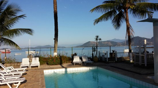 Pousada Biscaia: Vista da piscina