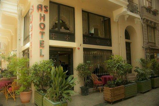 AS Hotel: Entrance