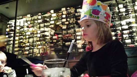The Melting Pot: The one cool redeeming thing - the wall of wine