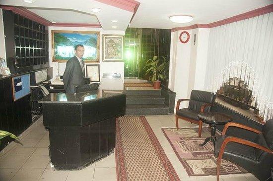 AS Hotel: Lobby
