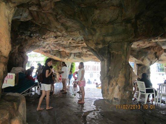 Desaru Golden Beach Hotel: wonderfully designed family play area