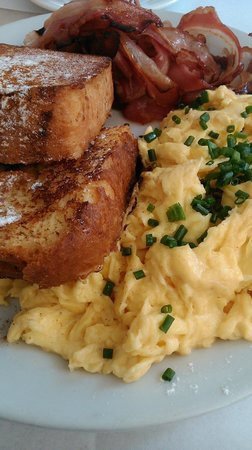 Cafe Crespin: French Toasts