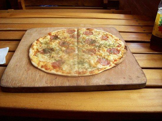 El Tigrillo: Pizza Salami
