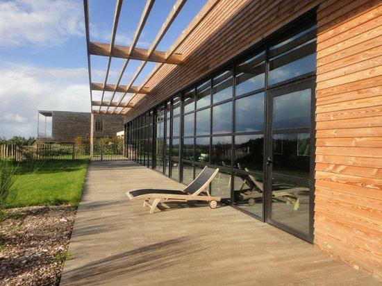 La Gree des Landes: Terrasse devant la nouvelle piscine