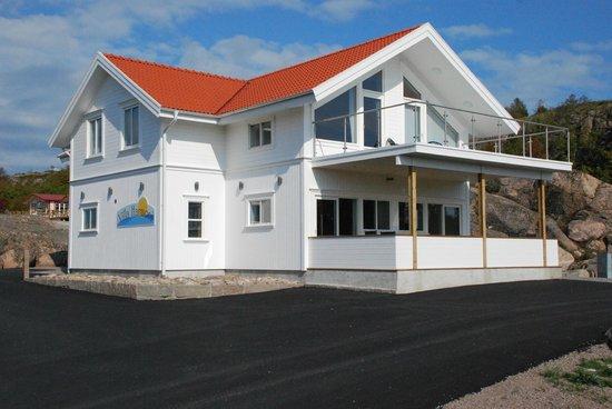 Kungshamn, Sweden: Villa Harmoni- Rum på övervåning, relax på nedervåning