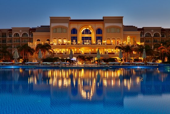 Premier Le Reve Hotel & Spa (Adults Only) : main pool