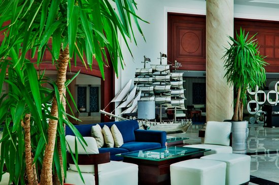 Premier Le Reve Hotel & Spa (Adults Only) : lobby area2