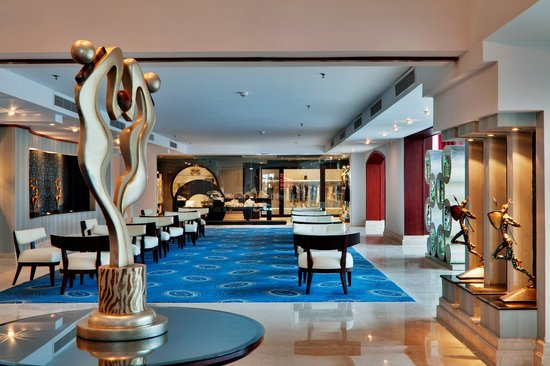 Premier Le Reve Hotel & Spa (Adults Only) : lobby area