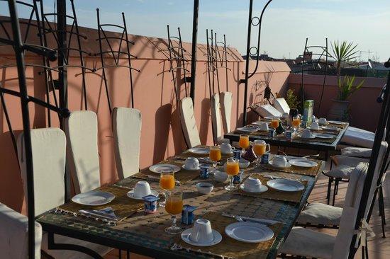 Riad Abbassia: Petit-dejeuner en terrasse