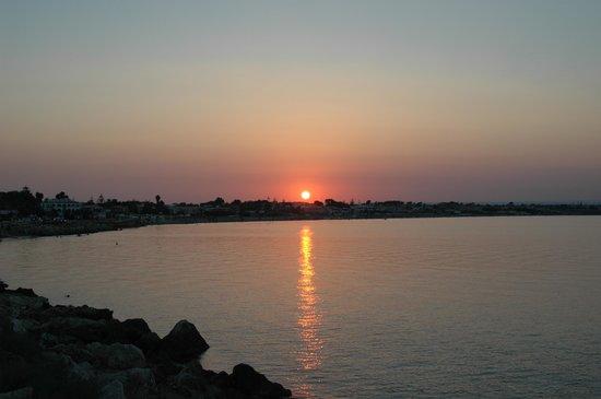 Bed&Breakfast Spiaggia di Ponente: Un tramonto proprio da vacanza estiva da incorniciare