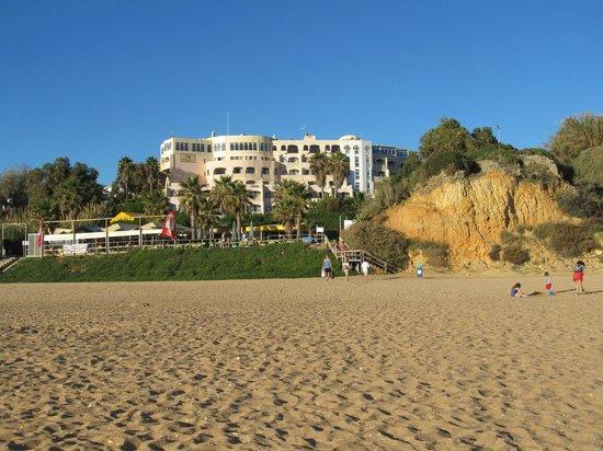 Monica Isabel Beach Club: hotel from beach