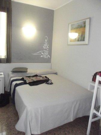 Hotel Nuevo Triunfo: letto